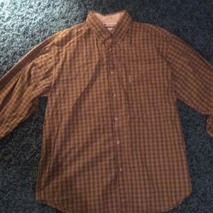 XL Columbia button down shirt tan